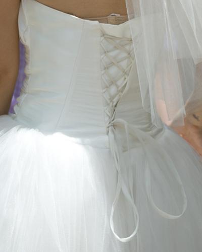 Mặc váy cưới ngắn xinh như Triệu Trang - 8