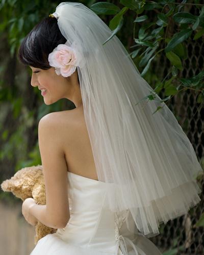 Mặc váy cưới ngắn xinh như Triệu Trang - 14