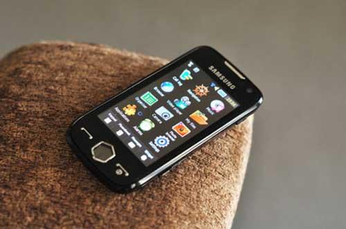 Top 10 điện thoại hot nhất tháng 7/2010 - 7
