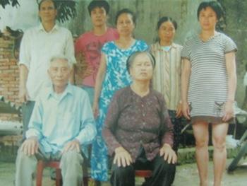 Cô gái hồi hương sau 14 năm mất tích - 1