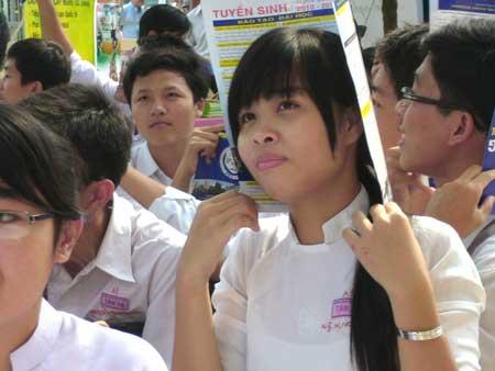 Ngày hội xét tuyển nguyện vọng 2,3 ĐH-CĐ 2010 - 2