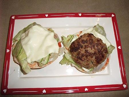 Ẩm thực: Cuối tuần làm Hamburger bò - 6