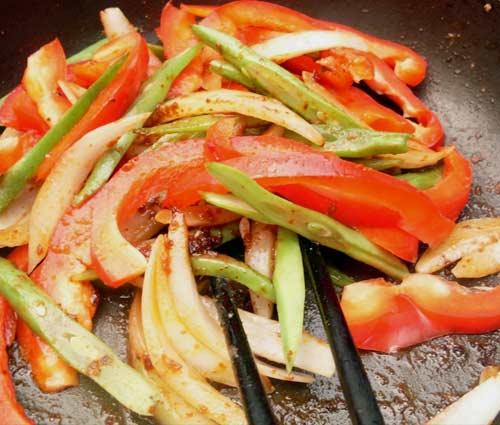 Tôm xào cà ri cay thơm - 3