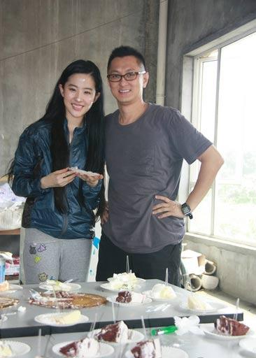 Lưu Diệc Phi đón sinh nhật bên 'người yêu' - 3