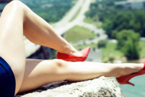 Để đôi chân thon mềm tựa người mẫu - 2