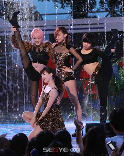 20 nghệ sĩ Hàn có sức ảnh hưởng lớn nhất trong năm - 4