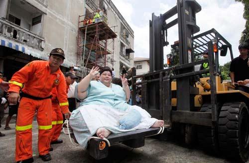 'Bà béo' 274 kg ra khỏi nhà sau 3 năm - 3