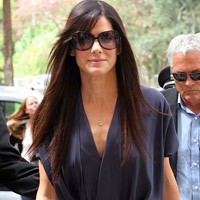 Sandra Bullock: Bn b khng bn ng ti