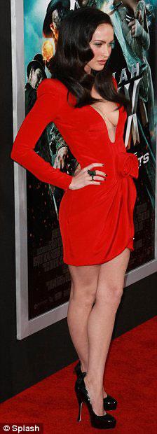 """Megan Fox: Nữ """"sát thủ"""" nóng bỏng - 9"""