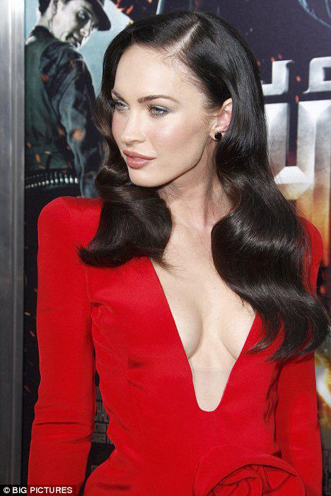 """Megan Fox: Nữ """"sát thủ"""" nóng bỏng - 11"""