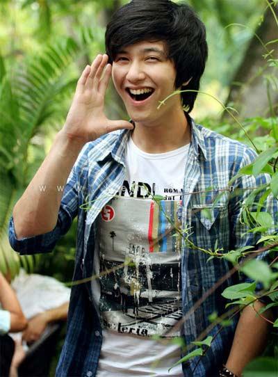 Huỳnh Anh - hotboy của 'Bộ tứ 10A8' - 1
