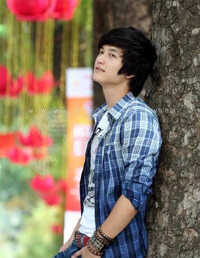 Huỳnh Anh - hotboy của 'Bộ tứ 10A8' - 2