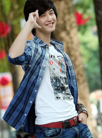 Huỳnh Anh - hotboy của 'Bộ tứ 10A8' - 3