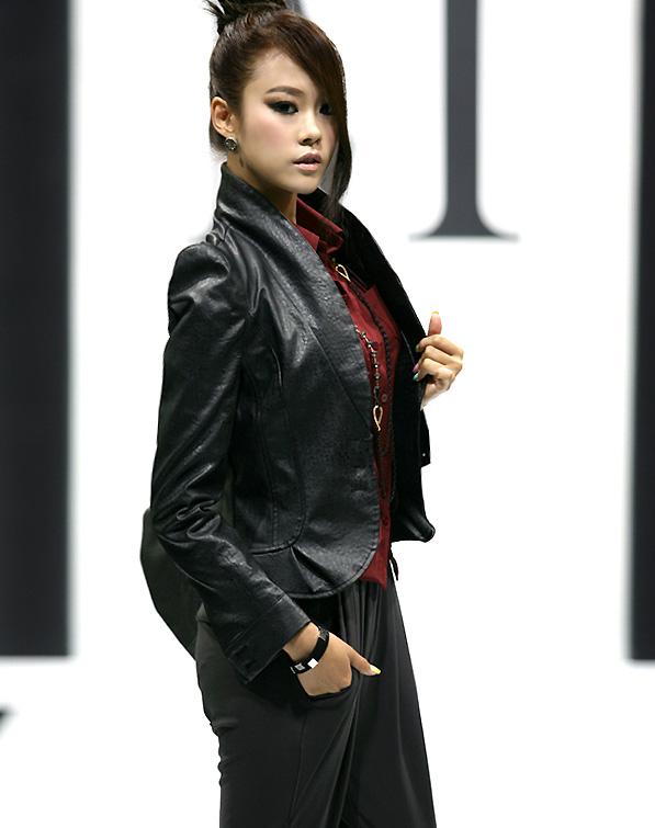 Chọn áo jacket phù hợp mọi vóc dáng - 2