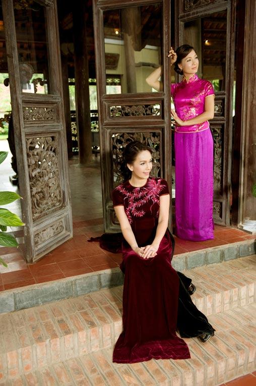 Diễm My và Lê Khanh mặc áo dài mừng đại lễ - 3