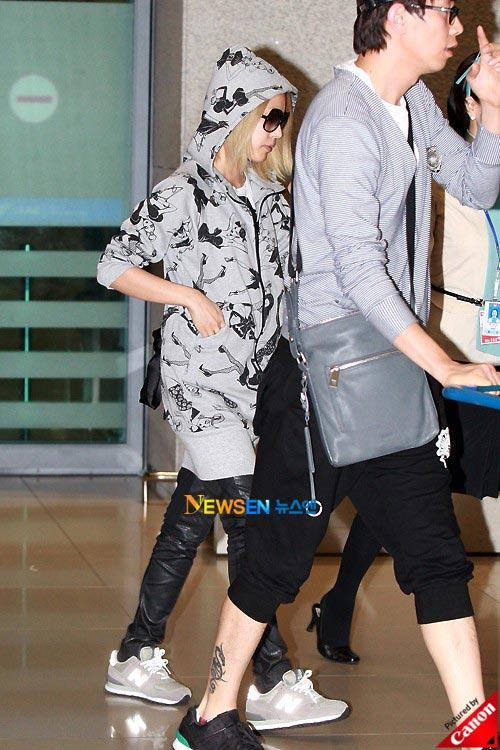 Thời trang độc của sao Hàn tại sân bay - 9