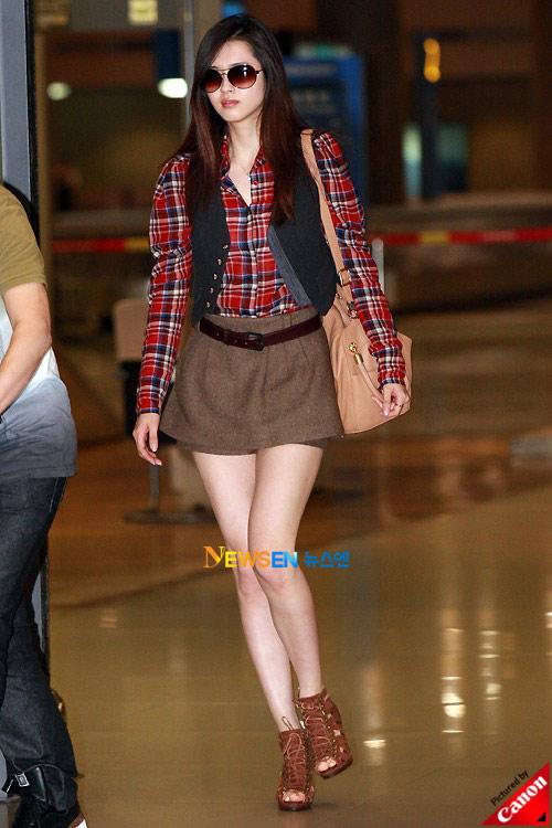 Thời trang độc của sao Hàn tại sân bay - 13