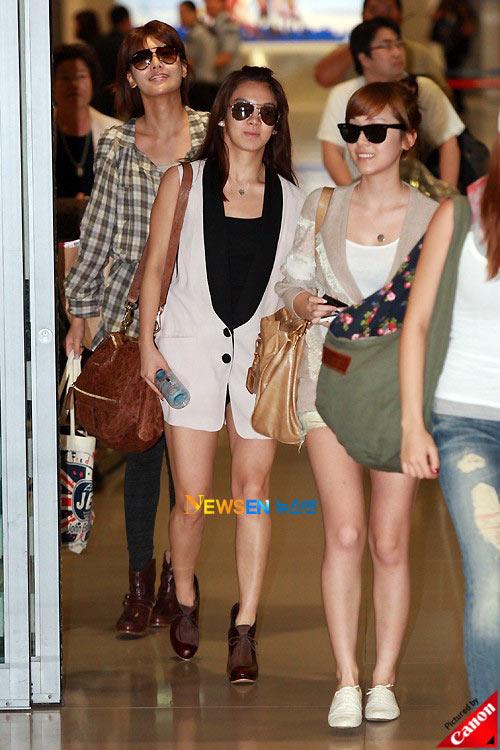 Thời trang độc của sao Hàn tại sân bay - 14
