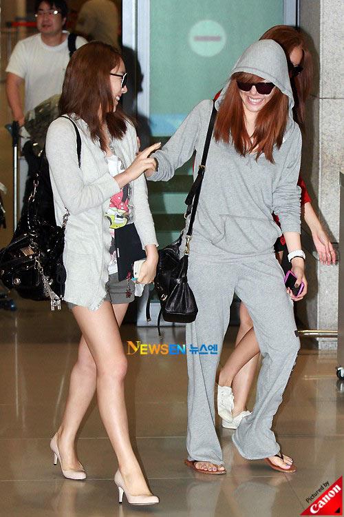 Thời trang độc của sao Hàn tại sân bay - 12