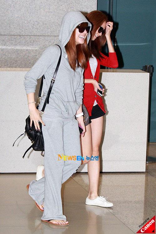 Thời trang độc của sao Hàn tại sân bay - 11