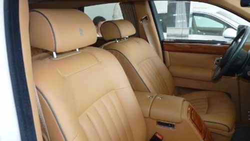 Siêu xe Rolls-Royce Phantom có màu lạ tại Hà Nội - 12