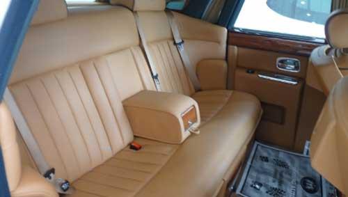 Siêu xe Rolls-Royce Phantom có màu lạ tại Hà Nội - 15