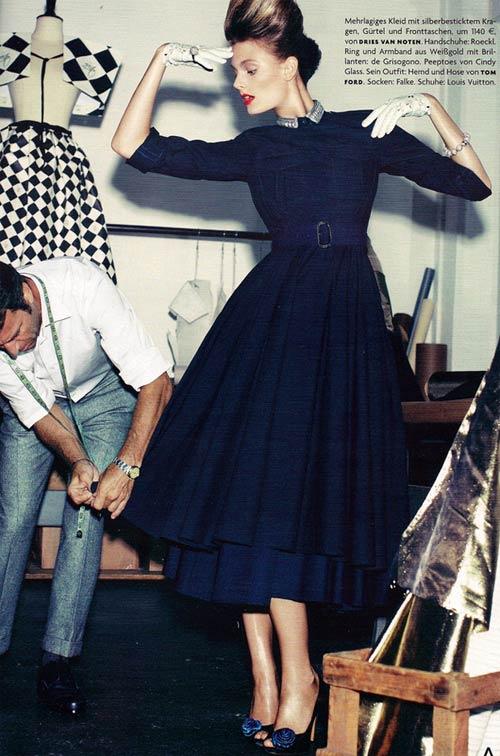 Mặc đẹp với chiếc váy của thập niên cũ - 11