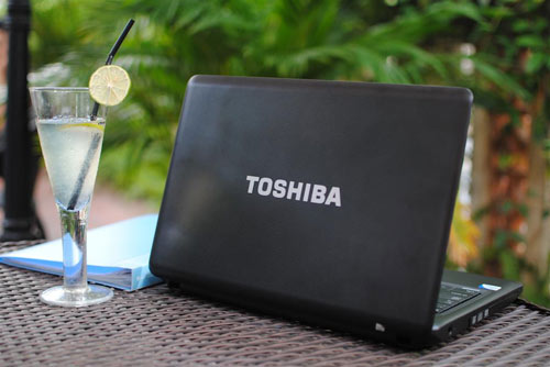Toshiba Satellite C640: Lựa chọn tầm trung hoàn hảo - 1