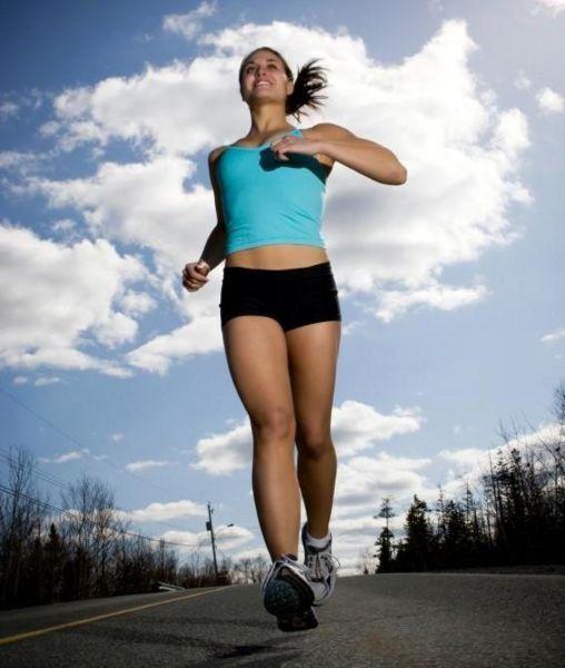 Bảo vệ 'núi đôi' khi tập thể dục