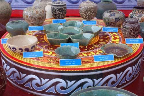 Trưng bày bộ sưu tập gốm cổ Việt Nam lớn nhất - 1
