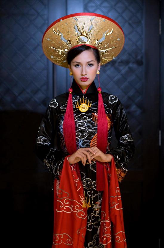 Mai Phương Thúy mặc bộ áo dài lập Guinness - 4