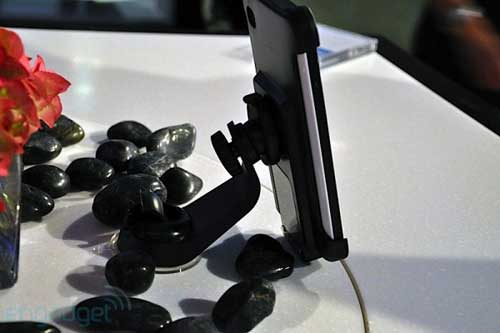Samsung Galaxy Tab có giá 700 USD - 6