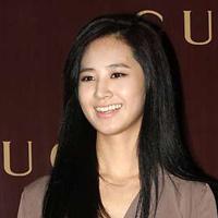 Nữ ca sĩ Hàn sở hữu mũi đẹp nhất