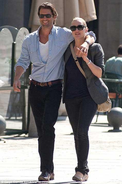 Kate Winslet hãnh diện khoe người tình - 1