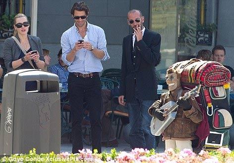 Kate Winslet hãnh diện khoe người tình - 2