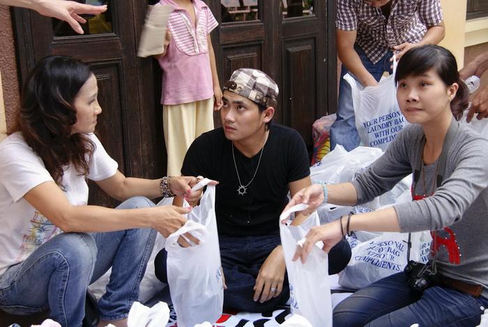 Trung thu ý nghĩa của Đoan Trang và Diễm My - 2