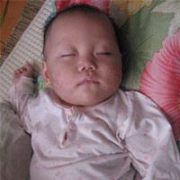 Hình ảnh về bé 9 tháng tuổi bị hành hạ dã man