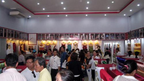 Thái Tuấn tưng bừng khai trương showroom mới tại Đà Nẵng - 7