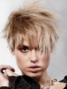 Những kiểu tóc ngắn quyến rũ - 9
