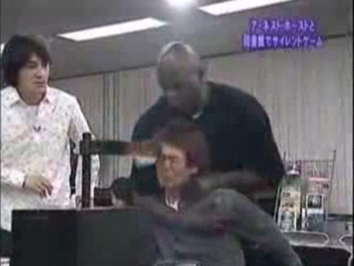 Những trò chơi quái đản chỉ ở... Nhật Bản - 11