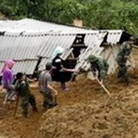 Lai Châu: Cả nhà bị vùi lấp vì sạt lở đất