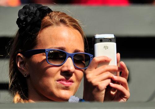 """Wimbledon: Ngắm """"một nửa"""" các SAO trên khán đài - 4"""