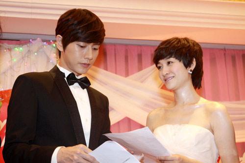 """Lý Tiểu Nhiễm """"lên xe hoa"""" với Park Hae Jin - 12"""
