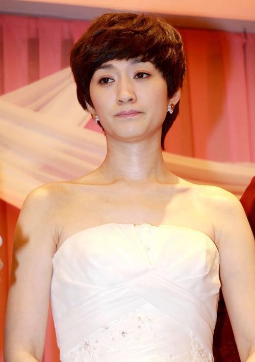 """Lý Tiểu Nhiễm """"lên xe hoa"""" với Park Hae Jin - 17"""