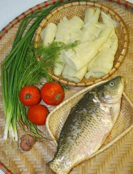 Ngon vô cùng canh cá nấu măng - 1