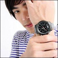 Đồng hồ đeo tay đa phong cách