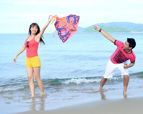 Đi biển mặc đẹp như Jennifer Phạm - 22