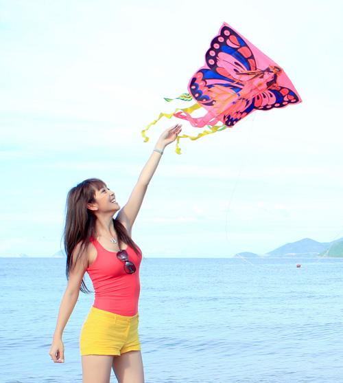 Đi biển mặc đẹp như Jennifer Phạm - 5