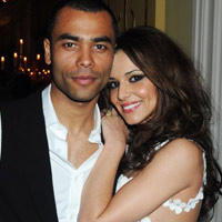 Ashley Cole th s ti hn vi Cheryl