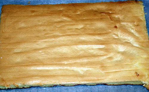 Bánh cuộn sầu riêng 7